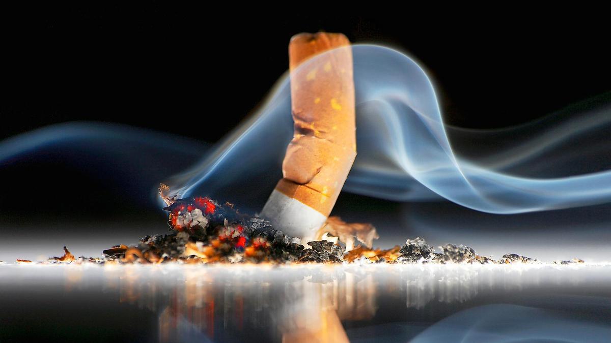 دوری از سیگار و قلیان